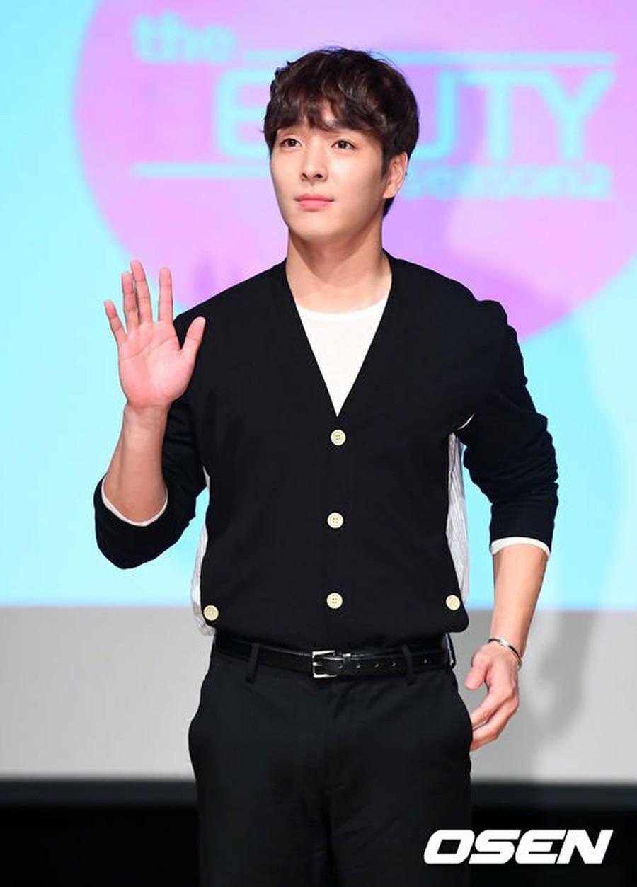 FTISLAND Choi Jong Hoon, attends KBS WORLD