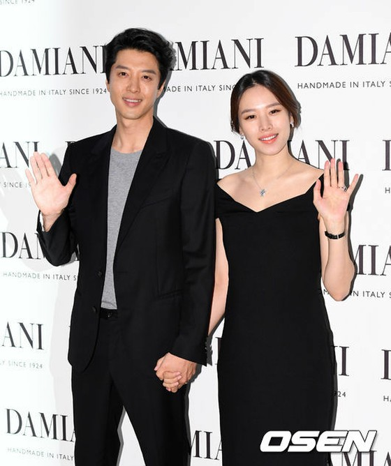 Everyone thought they were happily-married couple ... Lee Dong Gun &  Jo Yoon Hee's married life.