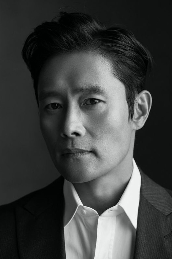 Lee Byung Hun fan club donates 20 million won in support of 100 million won donation